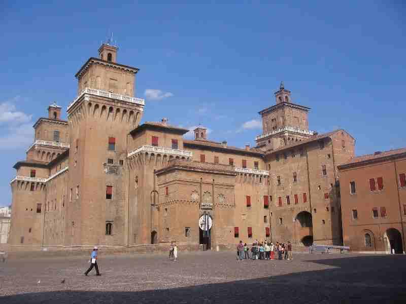 Castello full view
