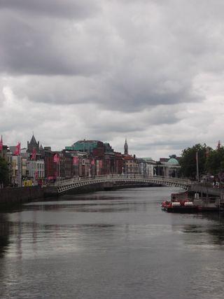 Dublin hapenny bridge