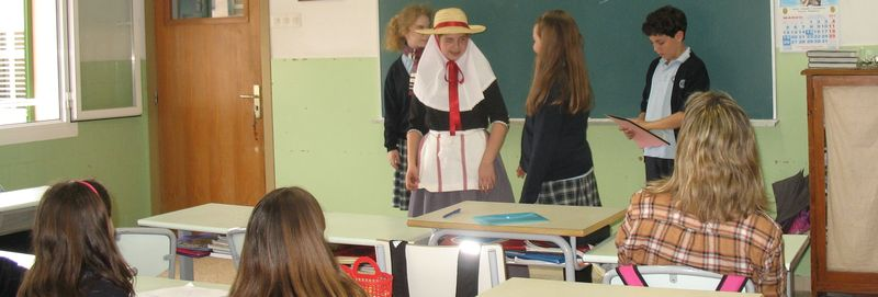 Students showing local culture 2
