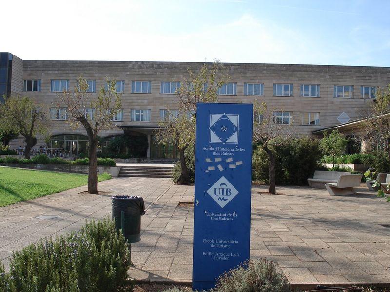 Uib campus 1