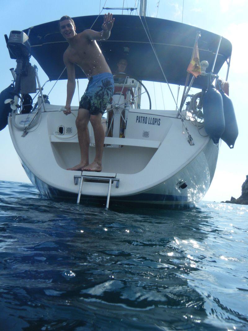 Patrick saliendo del mar