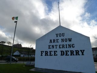 Free Derry Wall