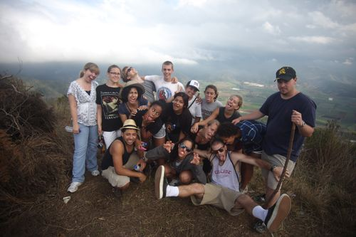 Hiking above the valley of Constanza, what a goofy bunch!