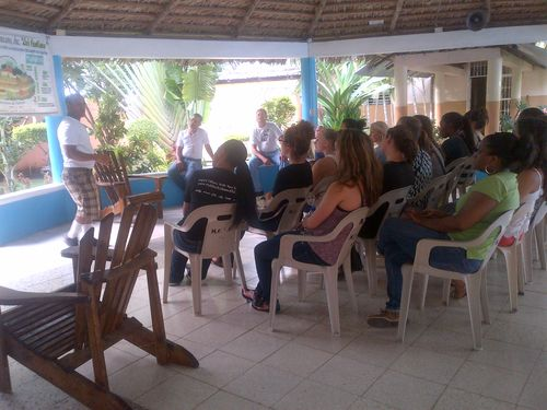 Students visited the community organization  Hogar Crea during a Community Medicine class.