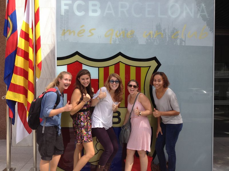 Quijotes students at the Barça foundation
