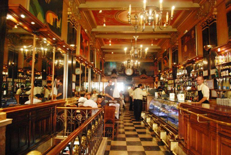 Interior_do_Café_A_Brasileira