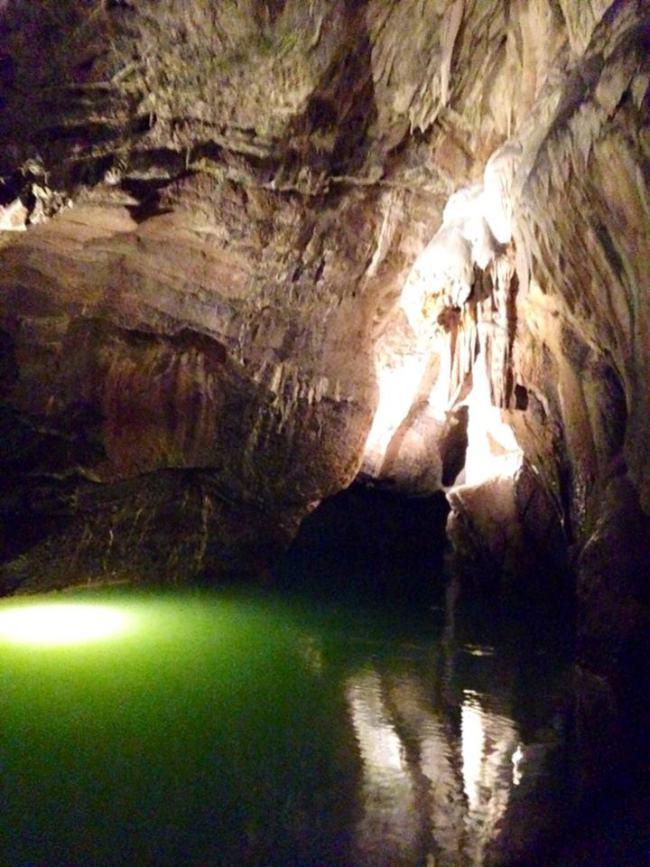 CNMJ Trip Caves