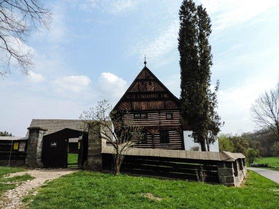 Sychrov-and-valdstejn-castle-2764