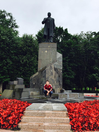Рома и Ленин