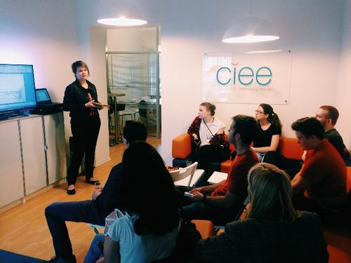 3. Lecture by Ekaterina Taratuta