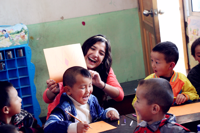 19039_Study Abroad_China_Yunnan_Service Learning_volunteer teaching at local kindergarten2
