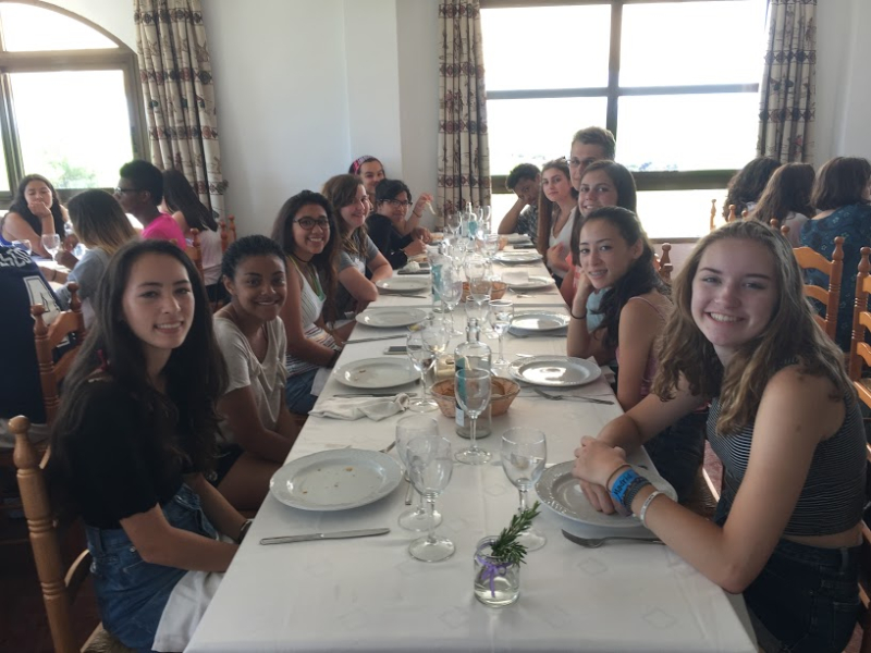 Paella table