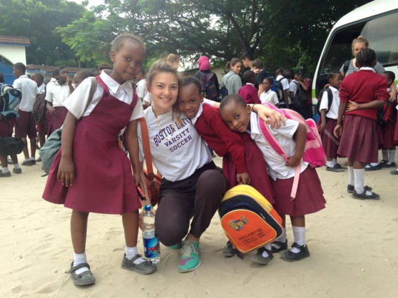 25068_High School Summer Abroad_Dar Es Salaam_TZ_DaresSalaam+Iringa_CS_FB_20150621_N-Arroyo_10388642_920906711299886_3313418275925435690_n.jpg_school_children