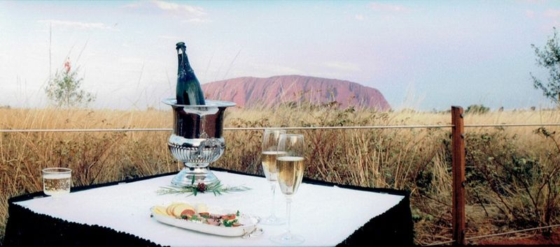 Uluru_AKA Ayer's Rock_The Northern Territory_photo by William Stone