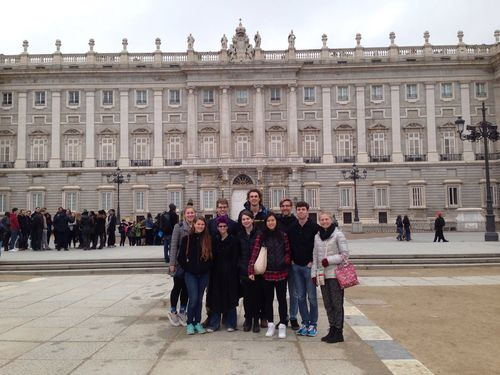 ES royal palace visit