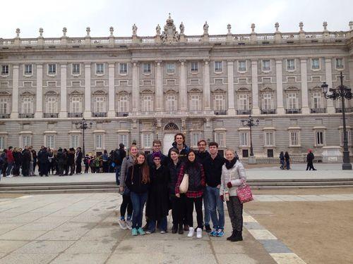 ES royal palace visit
