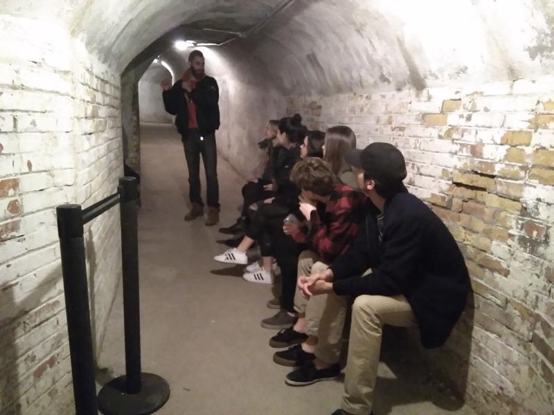 Foto bomb shelter 2